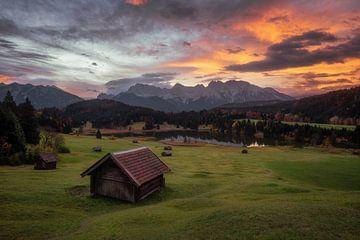 Prachtige zonsopkomst in Zuid-Duitsland van Martin Podt