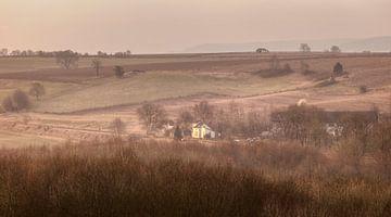 Zonsopkomst boven de Eyserhalte in Zuid-Limburg van