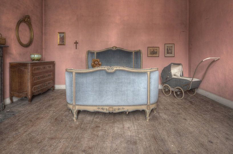 Urbex - Sweet dreams von Angelique Brunas