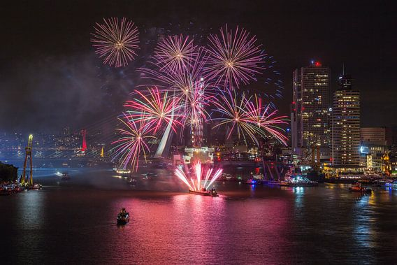 Vuurwerkshow Wereldhavendagen 2016 in Rotterdam van MS Fotografie
