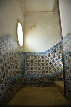 Gang met azulejos in universiteit Coimbra van My Footprints