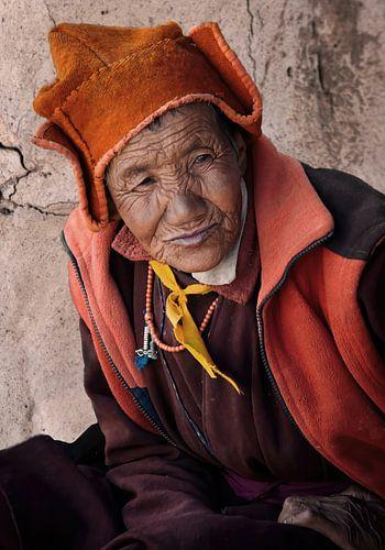 Boeddhistische non in Ladakh