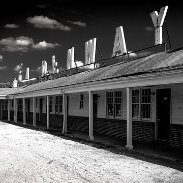 Gardenway Motel von Angelique Faber