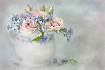 Bloemensymfonie - bella pastels van Lizzy Pe