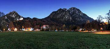 Panorama op kasteel Neuschwanstein van Frank Herrmann