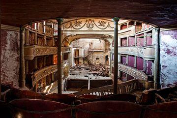 theater balconi van urbex lady