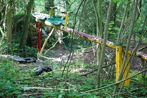 Verlaten speeltuin op de Gulperberg bij Gulpen in Zuid-Limburg