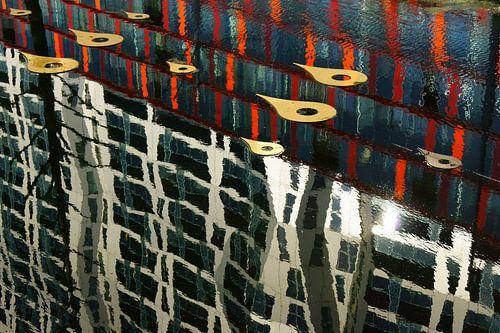 Weerspiegeling in Rotterdam von Michel van Kooten