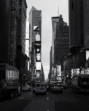 Times Square Strolls van Ian Schepers
