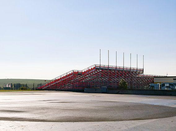 Lege tribune op de Sachsenring