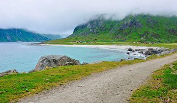 Uttakleiv op de Lofoten-eilanden van Gisela Scheffbuch