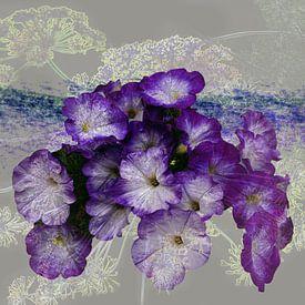 Paarse bloemen creatie van Ina Hölzel