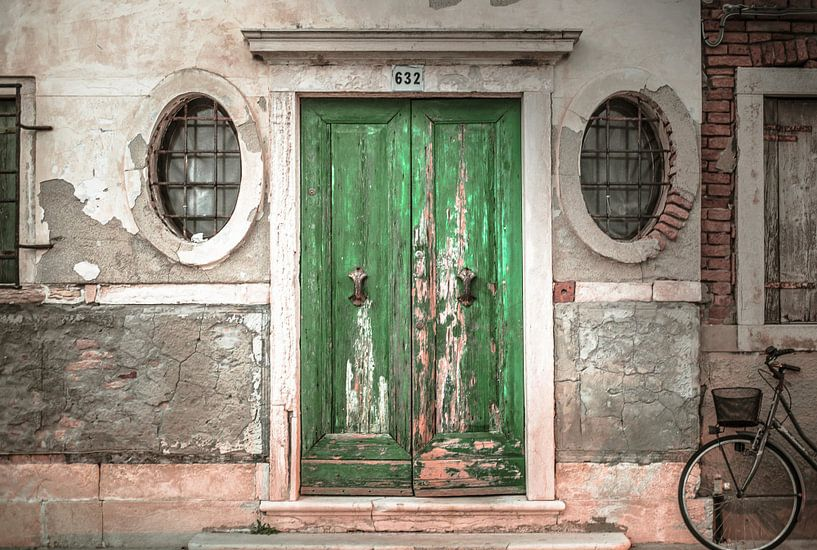 Green Door van Olivier Van Cauwelaert