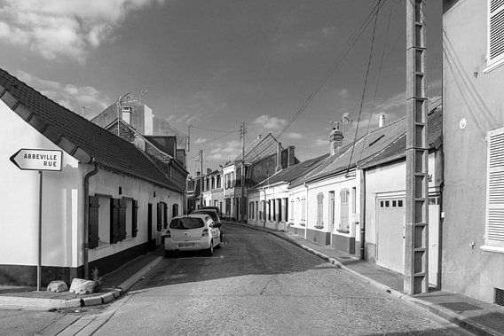 Abbeville rue in Le Crotoy (zwart-wit)