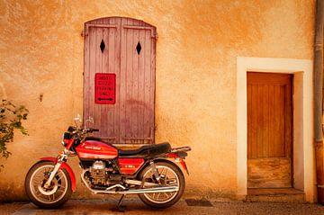 Moto Guzzi van Saskia Staal