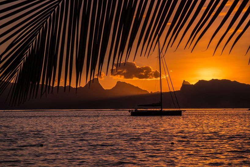 Zonsondergang Tahiti van Ralf van de Veerdonk