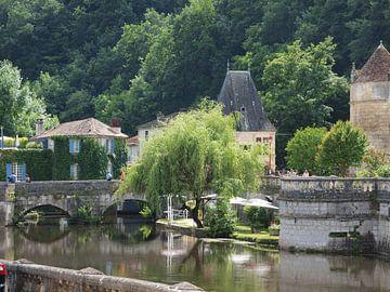 Frans stadje tussen Royan en Cognac van Annie Lausberg-Pater