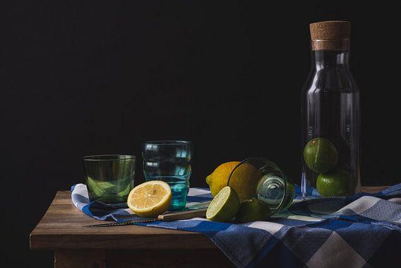 Stilleven in blauw, groen in geel van Alexander Tromp