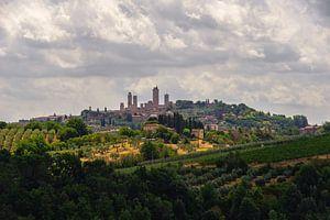 Blik op San Gimignano 1 - Toscane - Italie van Jeroen(JAC) de Jong