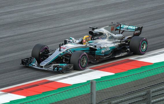 Lewis Hamilton, To Fast to Furious