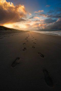Footsteps in the sand van Jeroen Lagerwerf
