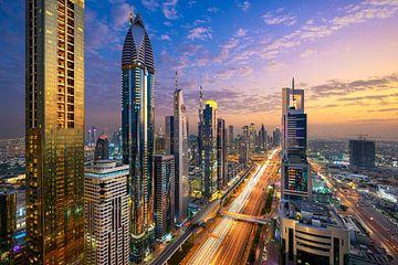 Sonnenuntergang in Dubai von Michael Abid