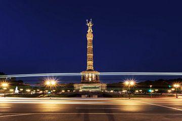 Berlin Siegessäule in der blauen Stunde von Frank Herrmann