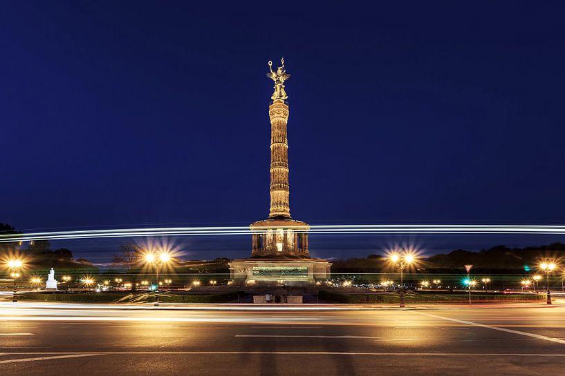 La colonne de la victoire de Berlin dans l'heure bleue sur Frank Herrmann