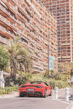 Roter ferrari in Monaco von Kay Dekkers