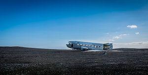 Douglas C-47 Skytrain (Dakota) van