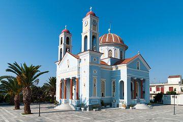 Blauw/witte kerk Kreta van Bob de Bruin