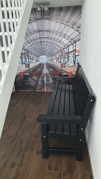 Klantfoto: Haarlem: Station perron west van Olaf Kramer, op naadloos behang