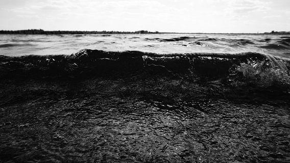 Lakeside.  von Tina Hartung