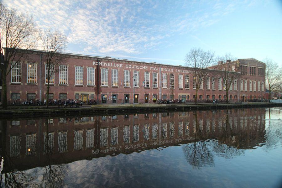Garenspinnerij in Gouda van André Muller