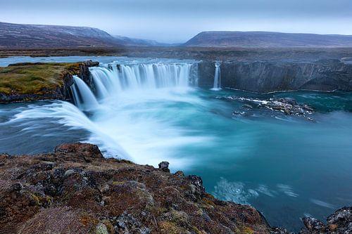 Godafoss waterval op IJsland van Ben van Boom