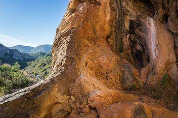 Coves Roges 3 - rode rotsen en magische grotten van Montepuro