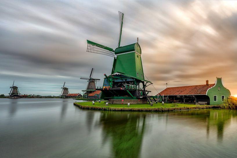 SunRise of the Zaanse Mills van Costas Ganasos