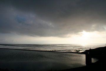 Donkere  wolken boven ' t Kuintje von Jan Mulder