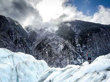 De Gletsjer Gids van Franz Josef in Nieuw-Zeeland van Rik Pijnenburg