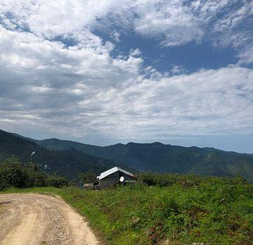 Village van Rabia Karlidag
