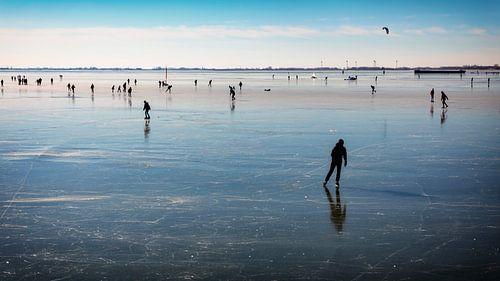 Schaatsers op het Hoornse ijs