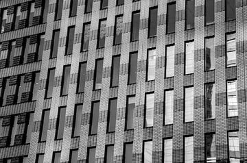 Ramen in kantoorgebouw op de Zuidas in Amsterdam sur Xandra Ribbers