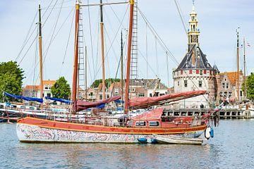 Varende kunst op het water in Hoorn van Eric de Kuijper