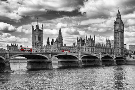 Houses of Parliament & Red Buses von Melanie Viola