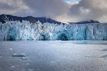 Gletscher-Pracht auf Spitzbergen von Joy van der Beek