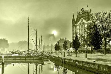 Nebel beim Alten Hafen - monochrom von Frans Blok