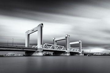 Nieuwe Botlekbrug Rotterdam van Niels Dam