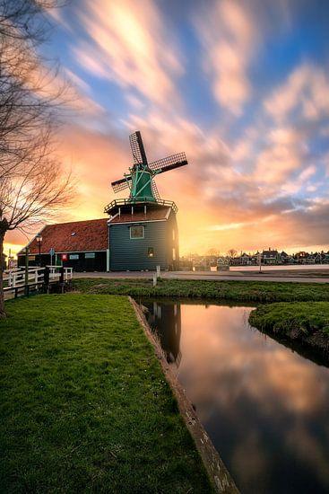 Dutch windmill De Huisman in Zaanse Schans