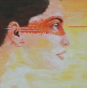 Gelbe Dame mit orangefarbener Maske von VDB schildersatelier