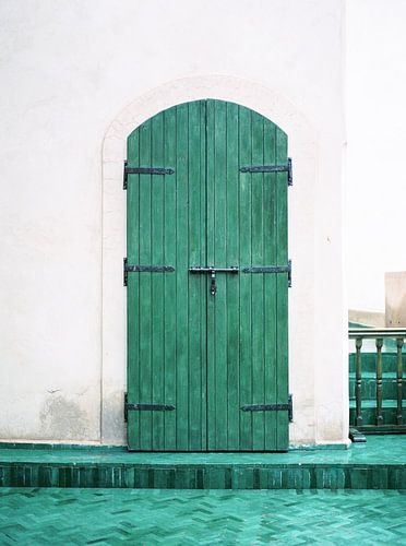 Le Jardin Secret | Turkooise houten deur in Marrakech | Kleurrijke reisfoto reislust
